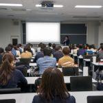 電子黒板やタブレット端末を使う授業内容は幅広い