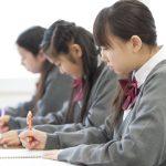 学習塾業界で普及!電子黒板とタブレット連携授業